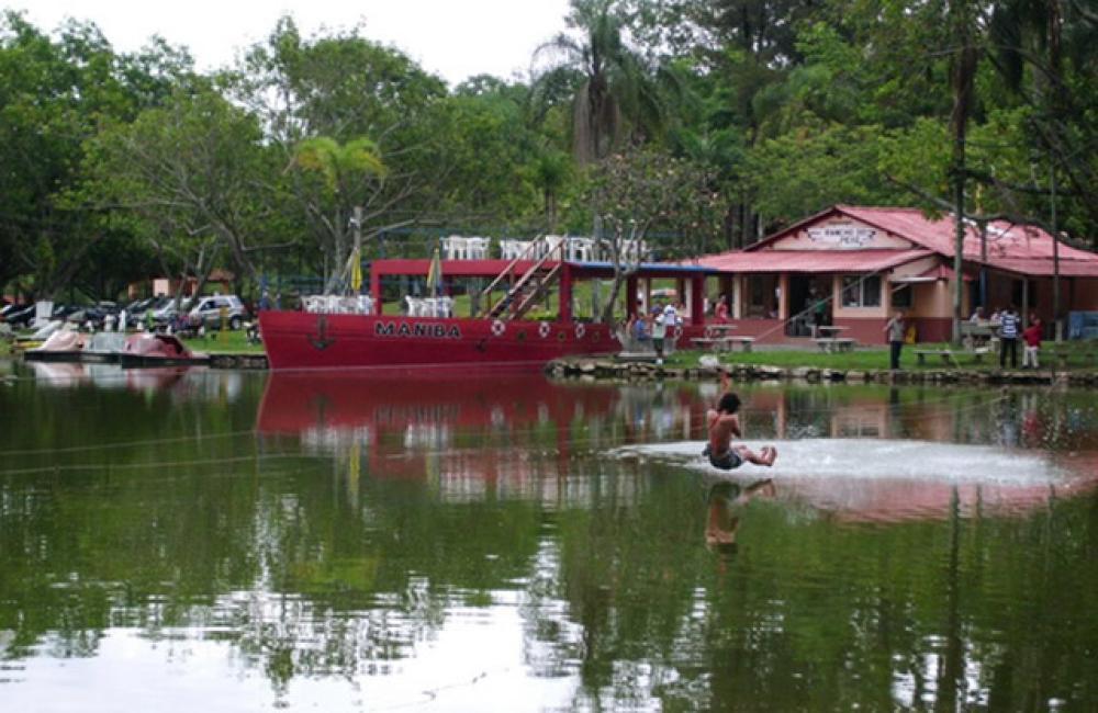 Pousada Parque Macaquinhos Turismo