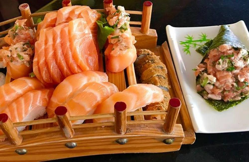 Akashi Sushi Bar e Restaurante